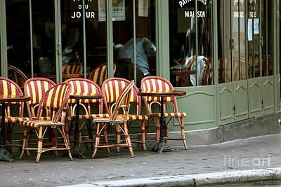Chaises De Cafe Art Print