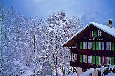 Photograph - Chalet Daheim Swiss Alps by Tom Jelen