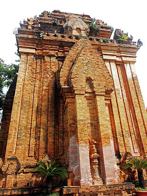 Photograph - Cham Towers 9 by Ron Kandt