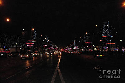 Photograph - Champ Elysees To Arc De Triomphe Night Paris by Felipe Adan Lerma