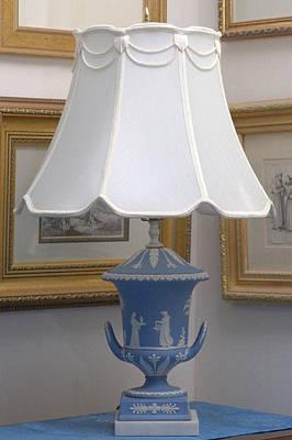 Champagna Urn Lamps Original