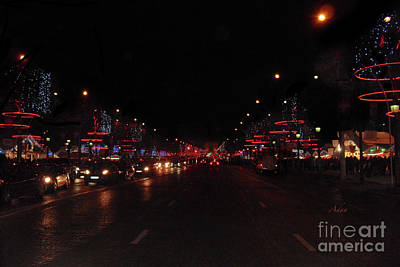 Photograph - Champs-elysees To The Arc De Triomphe Paris by Felipe Adan Lerma