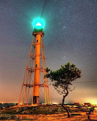 Photograph - Chandler Hovey Light Tower At Night Marblehead Ma Tree by Toby McGuire