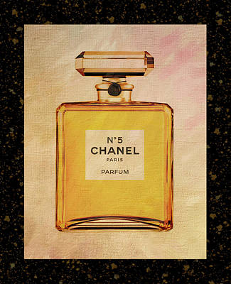 Photograph - Chanel No.5 Parfum Bottle 2 by Sandi OReilly