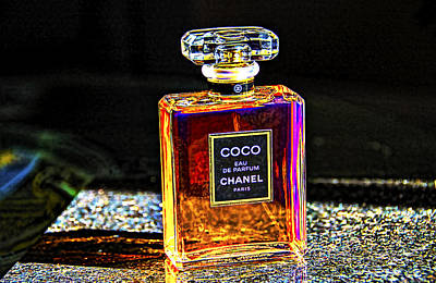 Photograph - Chanel Vintage Perfume Botte -2 by Renee Anderson