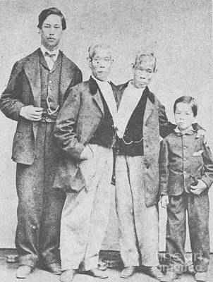 1874 Photograph - Chang And Eng, Original Siamese Twins by Photo Researchers