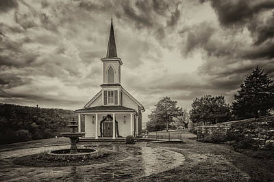 Photograph - Chapel At Big Cedar Branson Mo 7r2_dsc2573_16-11-25 7r2_ by Greg Kluempers