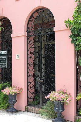 Photograph - Charleston Pink Archway by Suzanne Gaff