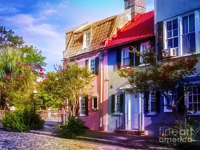 Photograph - Charleston Pink House On Chalmers Street by Ginette Callaway