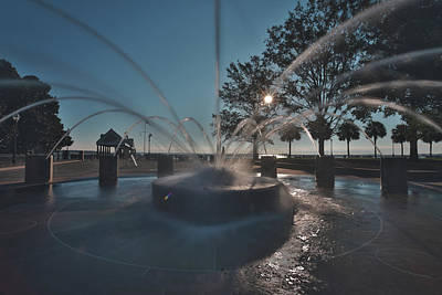 Photograph - Charleston Waterfront Park by Jimmy McDonald