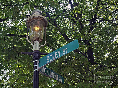 Gas Lamp Photograph - Charlestown Bos150 by Howard Stapleton