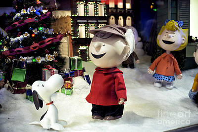 Photograph - Charlie Brown At Macy's by John Rizzuto