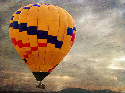 Chasing Hot Air Balloons Art Print by Glenn McCarthy Art and Photography
