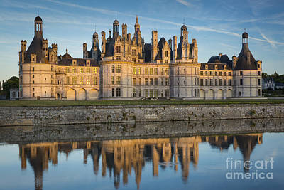 Photograph - Chateau Chambord Evening by Brian Jannsen
