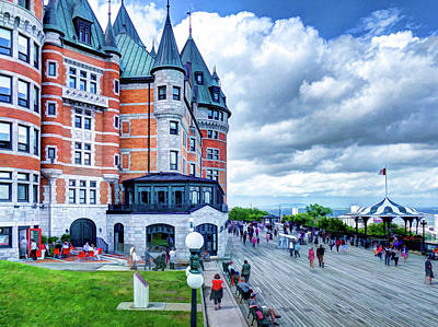 Photograph - Chateau Frontenac by Dave Thompsen