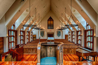 Photograph - Chatlos Memorial Chapel Interior by Gene Sherrill