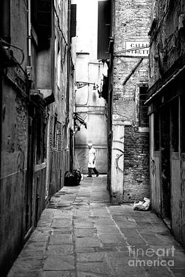 Photograph - Chef In The Alley by John Rizzuto