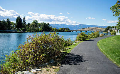 Photograph - Chelan Riverwalk by Tom Cochran