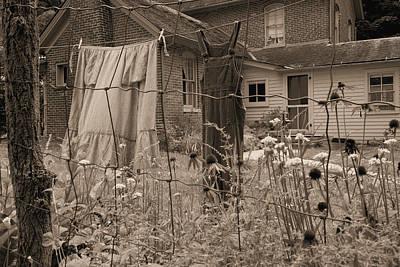 Chellberg Laundry Art Print