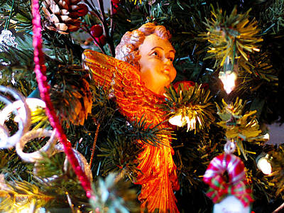 Photograph - Cherub Ornament by Susan Vineyard