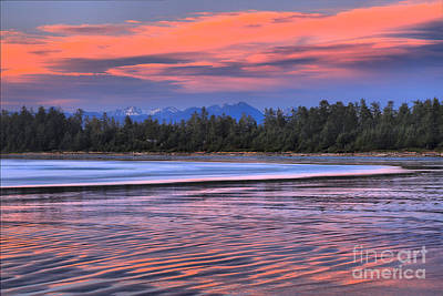 Photograph - Chesterman Beach Sunset by Adam Jewell
