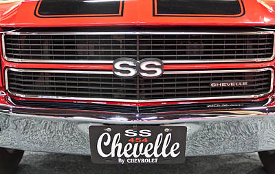 Barrett Jackson Wall Art - Photograph - Chevelle From The Front. by Wayne Vedvig
