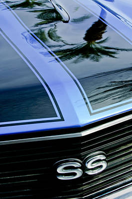 Chevrolet Chevelle Ss Grille Emblem 3 Print by Jill Reger