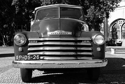 Photograph - Chevrolet Thriftmaster 1b by Andrew Fare