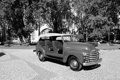 Photograph - Chevrolet Thriftmaster 3b by Andrew Fare