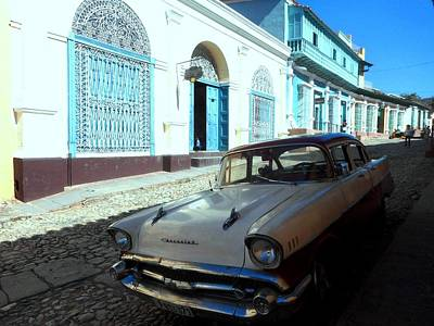 Photograph - Chevy In Cuba by Donna Starr
