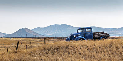 Rusty Old Trucks Photograph - Chevy Truck by Peter Tellone