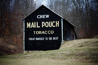 Photograph - Chew Mail Pouch by Daniel Houghton