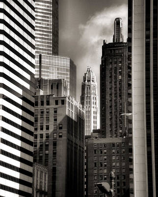 Photograph - Chicago Architecture - 13 by Ely Arsha
