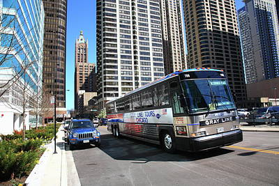 Photograph - Chicago Bus And Buildings by Frank Romeo