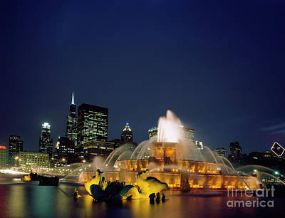 Photograph - Chicago Fountain - To License For Professional Use Visit Granger.com by Granger
