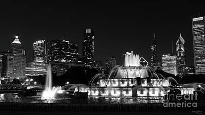 Photograph - Chicago Grant Park Grayscale by Jennifer White