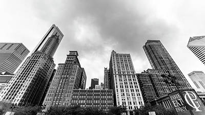 Photograph - Chicago Highrise by Ryan Heffron