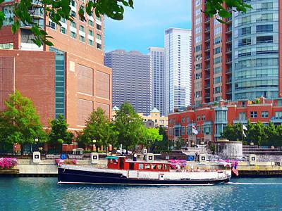 Photograph - Chicago Il - Chicago River Near Centennial Fountain by Susan Savad