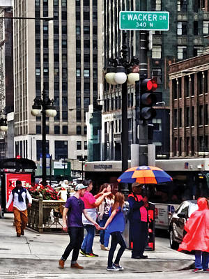 Raincoats Photograph - Chicago Il - Rainy Day On E Wacker Drive by Susan Savad
