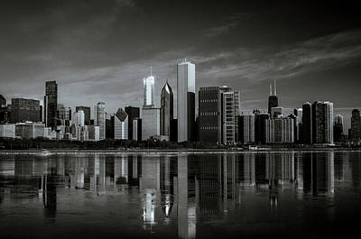 Photograph - Chicago Lake Front by Miguel Winterpacht
