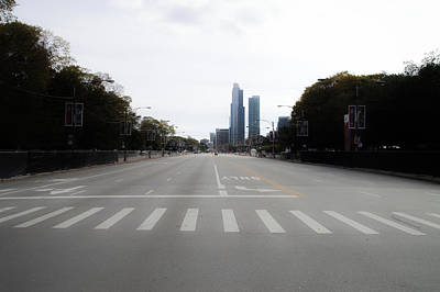 Columbus Drive Photograph - Chicago Marathon The Day Before 01 by Thomas Woolworth