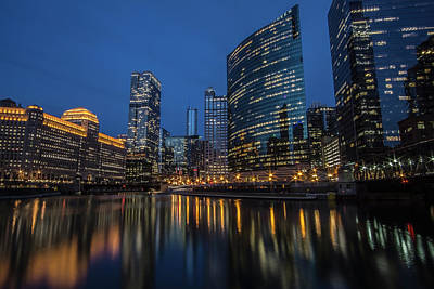 Chicago River Reflections At Dusk  Art Print by Sven Brogren