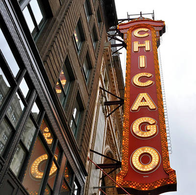 Print featuring the photograph Chicago by Sheryl Thomas