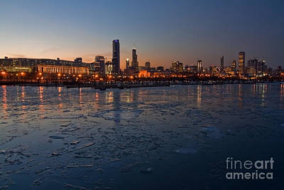 Chicago Photograph - Chicago Skyline At Dusk by Sven Brogren