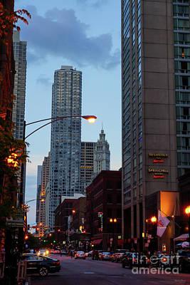 Photograph - Chicago Street Scene by Jennifer White