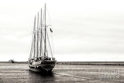 Photograph - Chicago Tall Ship Windy Sailing Lake Michigan by John Rizzuto