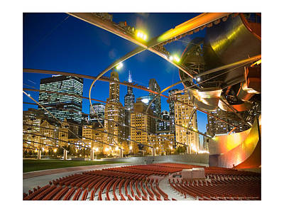 Skylines Photograph - Chicago Theater At Night by Patrick  Warneka