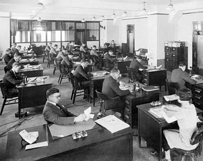Photograph - Chicago Tribune Office by Underwood Archives