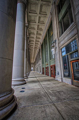 Union Station Lobby Photograph - Chicago Union Station Entrance by Mike Burgquist
