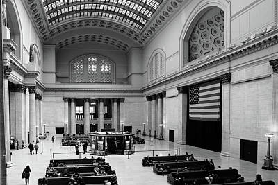 Photograph - Chicago Union Station by John McArthur